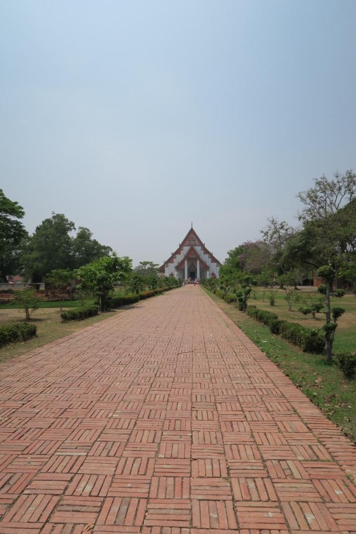 Viharn Phra Mongkhon Bophit