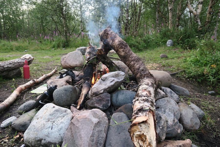 Kampvuur wildkamperen Zweden