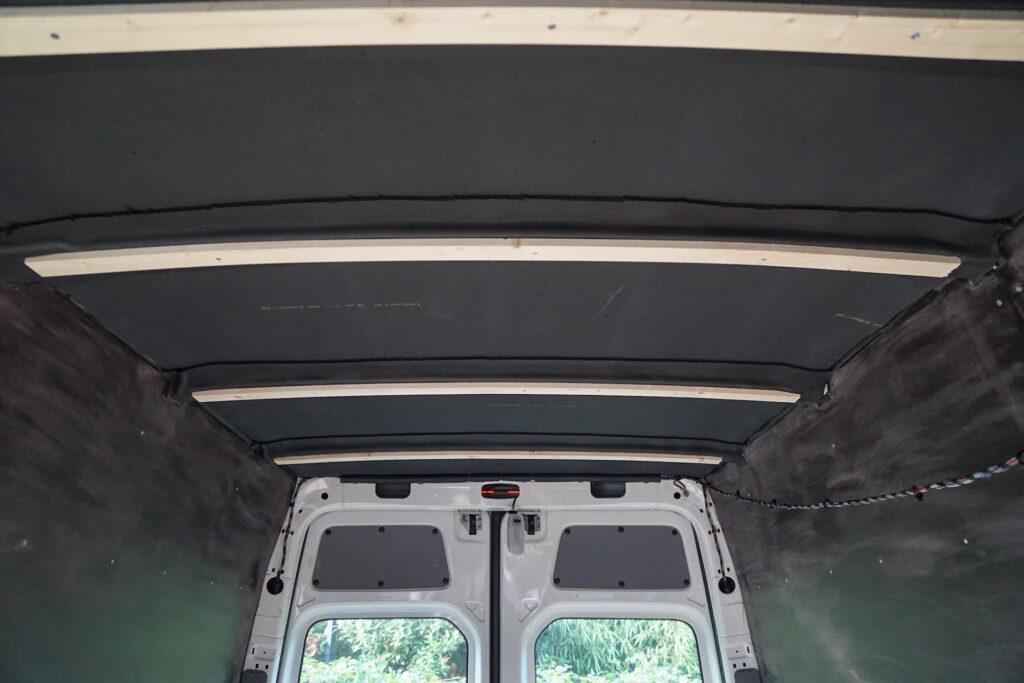 Camper plafond isoleren